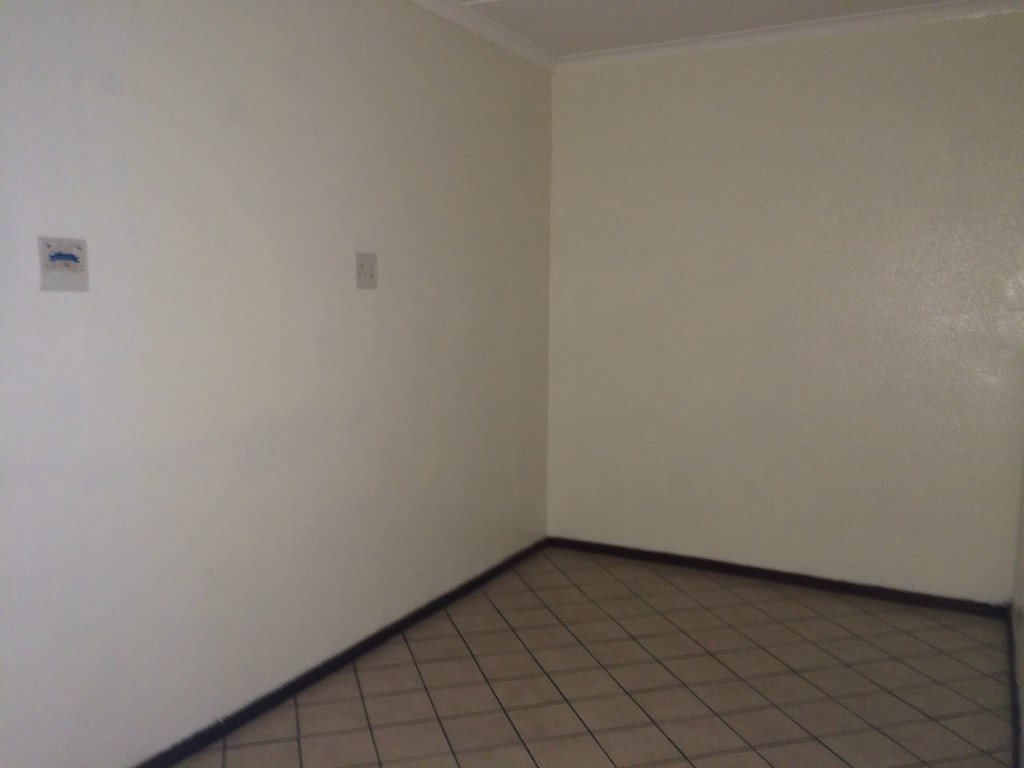 Uvongo property for sale. Ref No: 13320561. Picture no 9