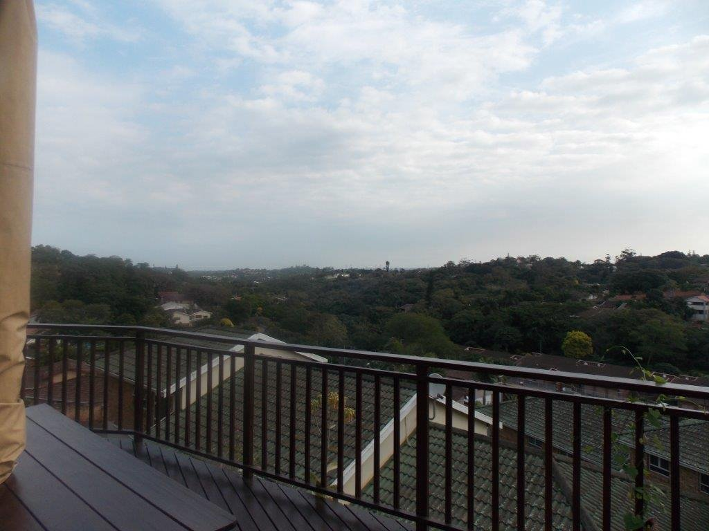 Amanzimtoti property for sale. Ref No: 13372994. Picture no 28