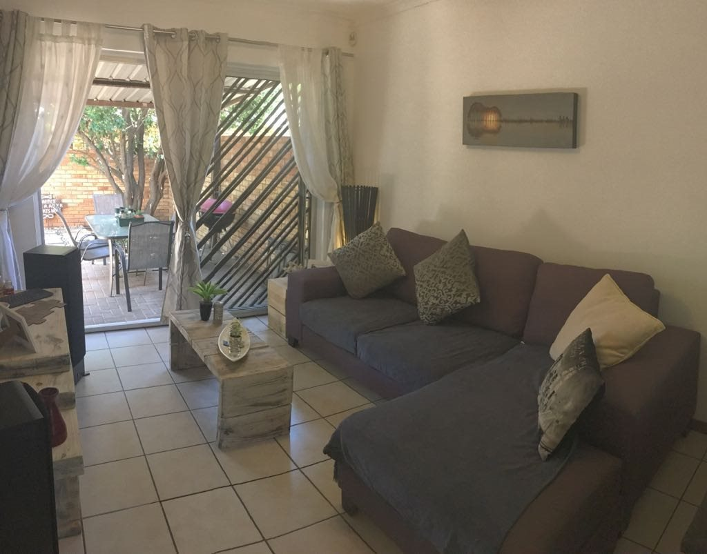 Wilgeheuwel property for sale. Ref No: 13553042. Picture no 2