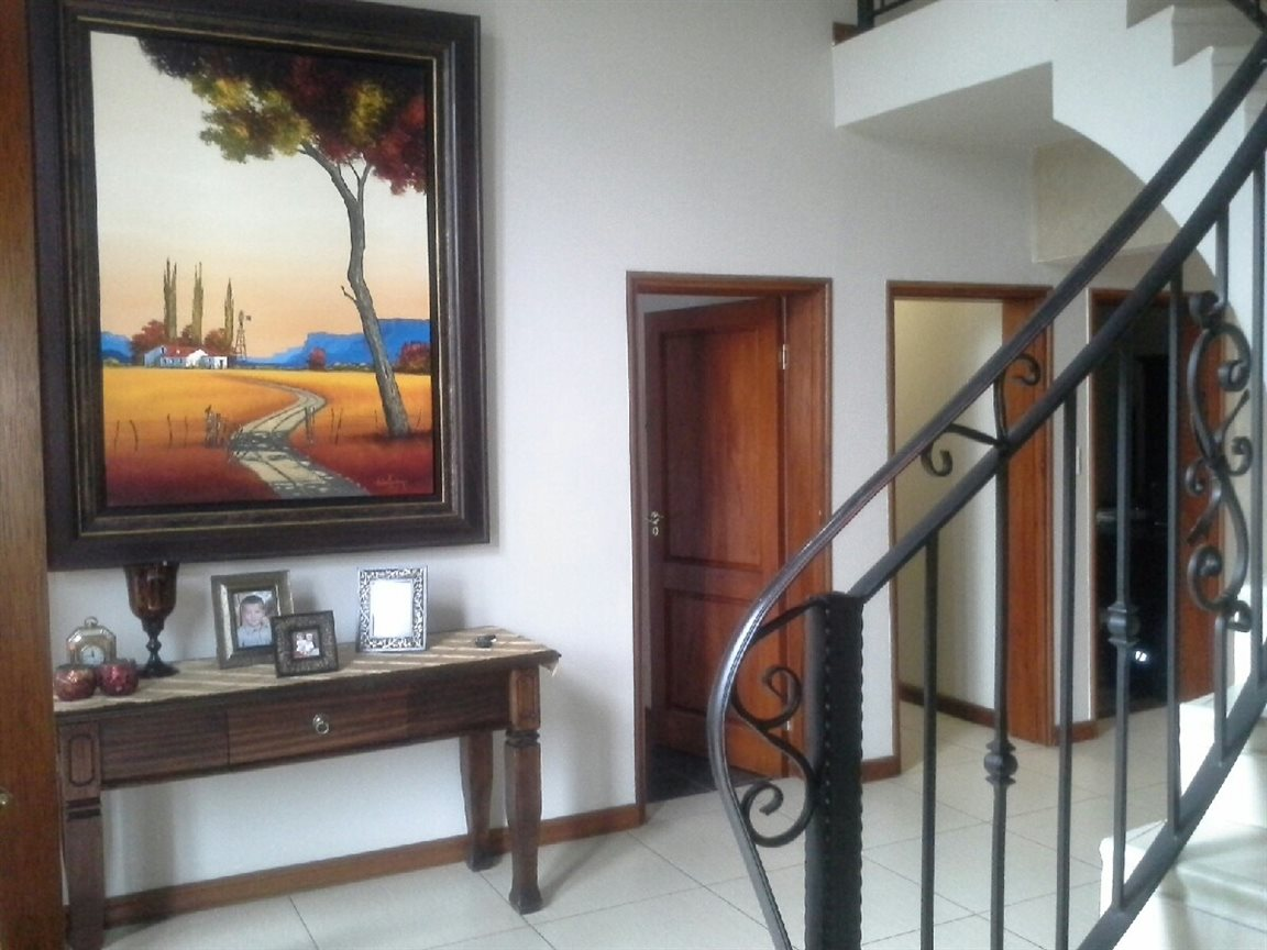 Meyerton Ext 6 property for sale. Ref No: 12769874. Picture no 9