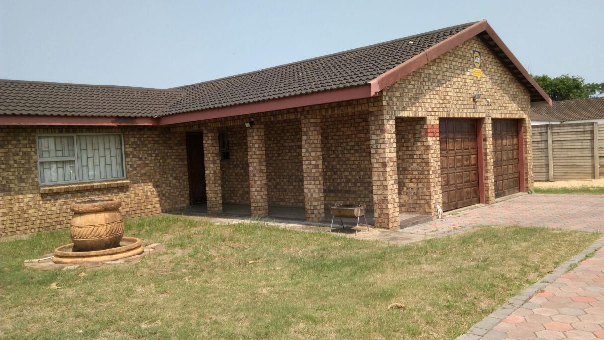 Richards Bay, Birdswood Property    Houses To Rent Birdswood, Birdswood, House 3 bedrooms property to rent Price:,  9,00*