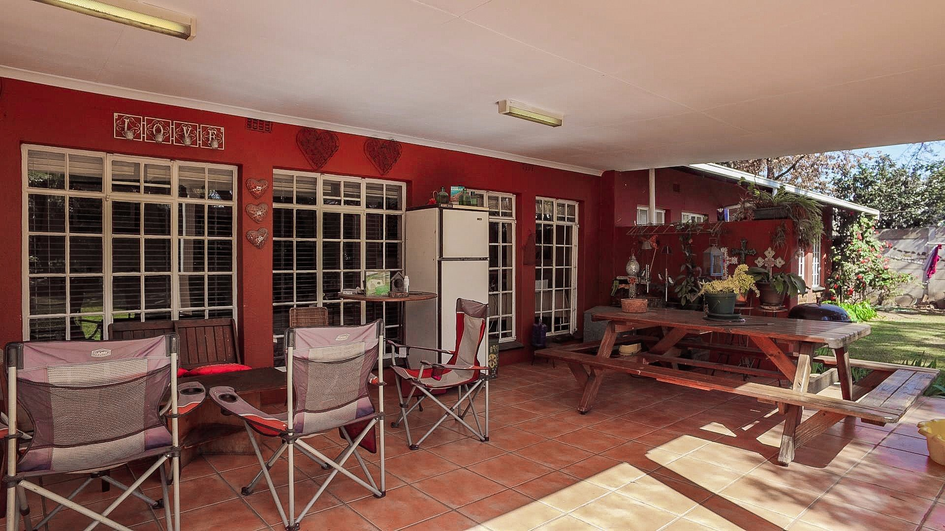 Doringkloof property for sale. Ref No: 13514170. Picture no 17
