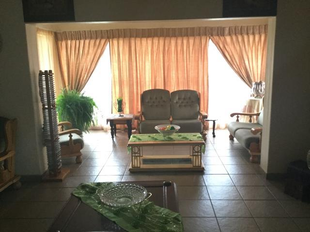 Three Rivers property for sale. Ref No: 13451438. Picture no 5