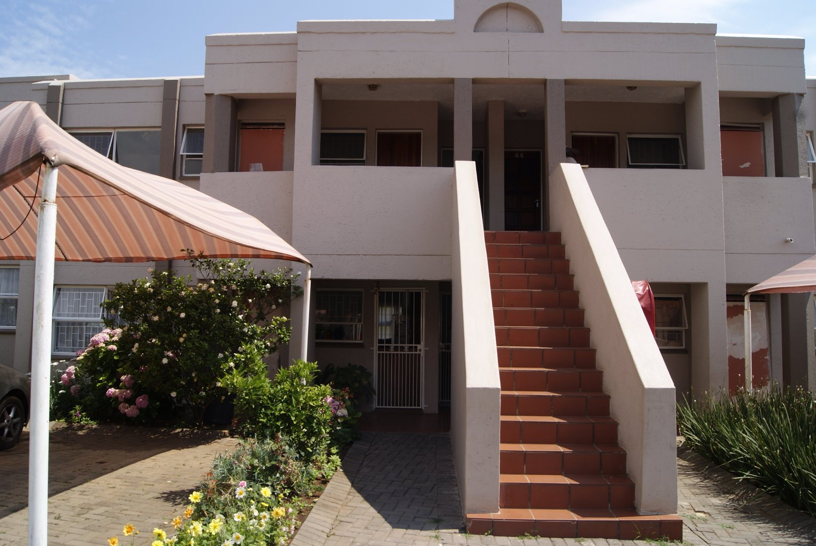 Johannesburg, Glenanda Property  | Houses For Sale Glenanda, Glenanda, Townhouse 2 bedrooms property for sale Price:755,000