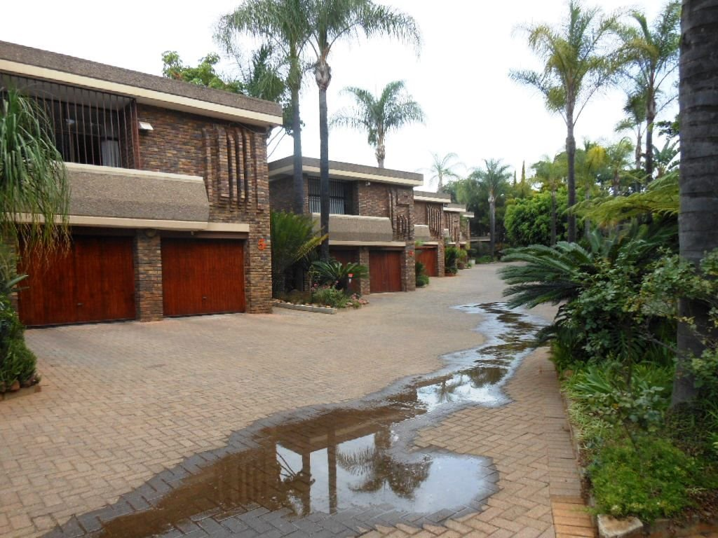 Pretoria, Lynnwood Manor Property    Houses For Sale Lynnwood Manor, Lynnwood Manor, Townhouse 3 bedrooms property for sale Price:2,695,000