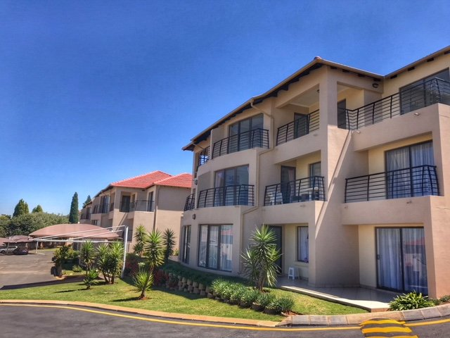 Johannesburg, Bassonia Property  | Houses For Sale Bassonia - Page 2, Bassonia, Apartment 3 bedrooms property for sale Price:1,250,000