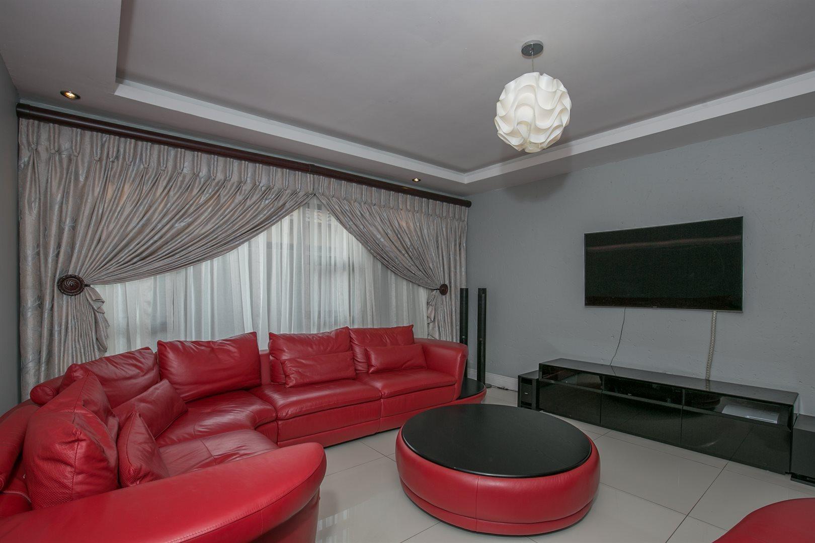 Monavoni property for sale. Ref No: 13577047. Picture no 3