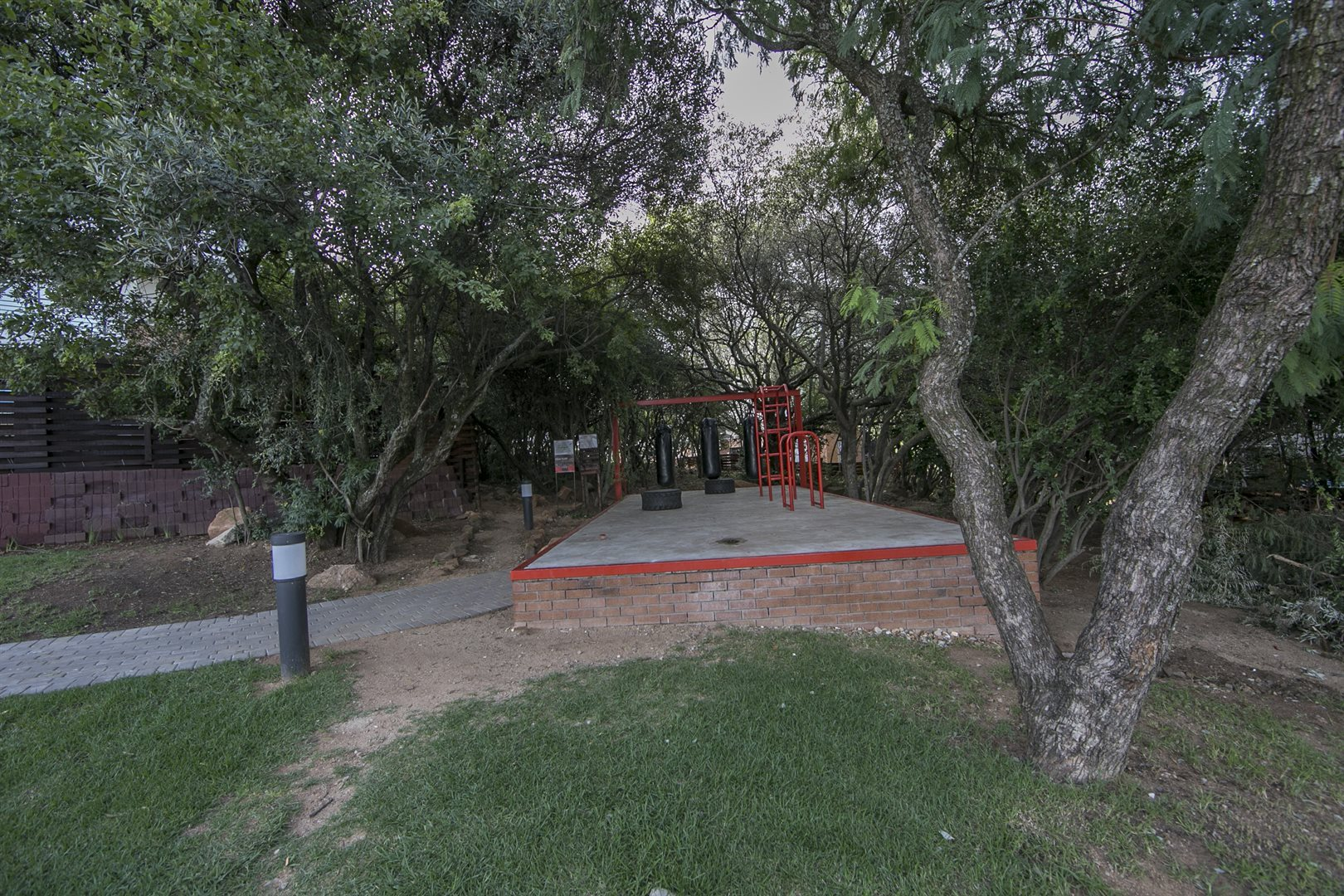 Fourways property for sale. Ref No: 13525146. Picture no 7