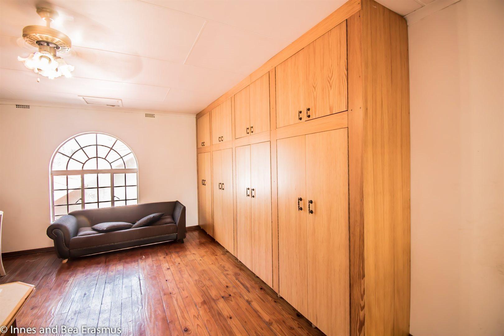 Van Der Westhuizen property for sale. Ref No: 12728959. Picture no 16