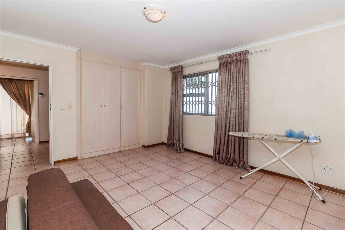 Erasmia property for sale. Ref No: 13400076. Picture no 14