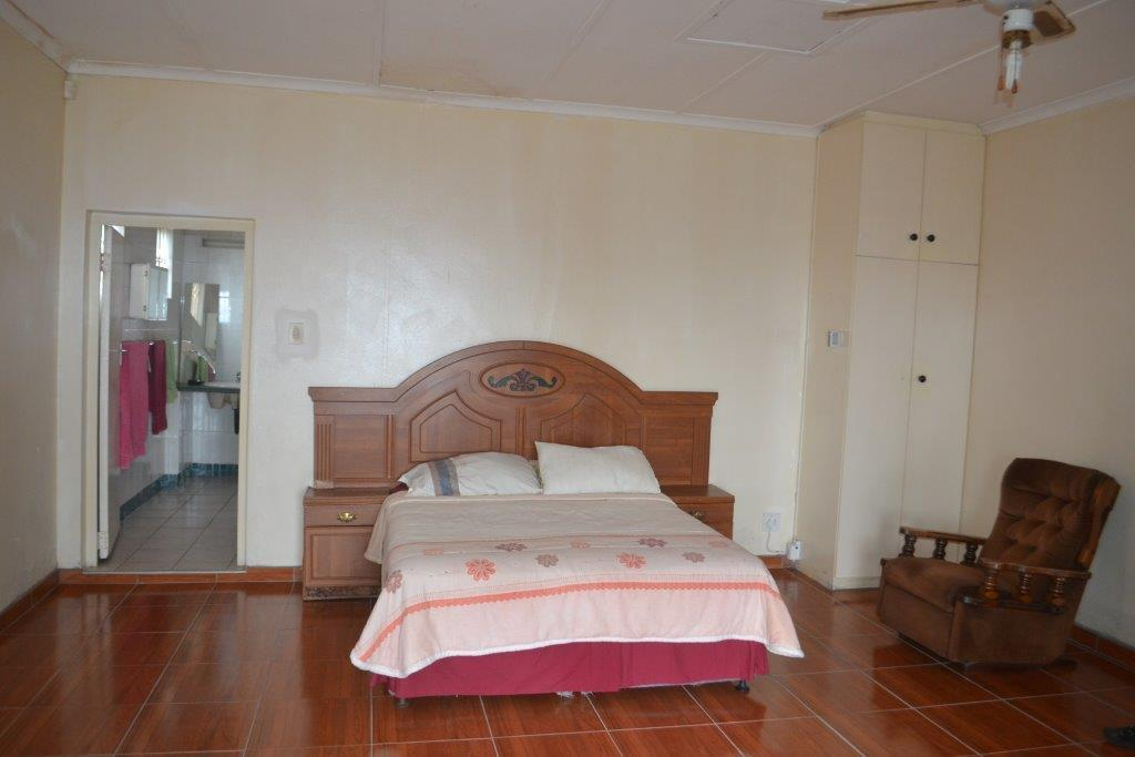 Woodgrange property for sale. Ref No: 13436082. Picture no 13