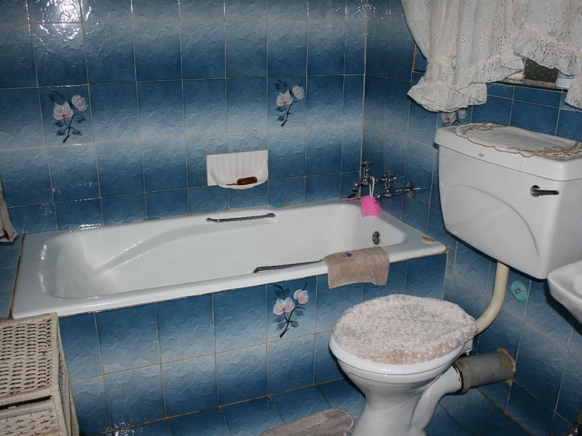 Helikonpark property for sale. Ref No: 12780636. Picture no 15