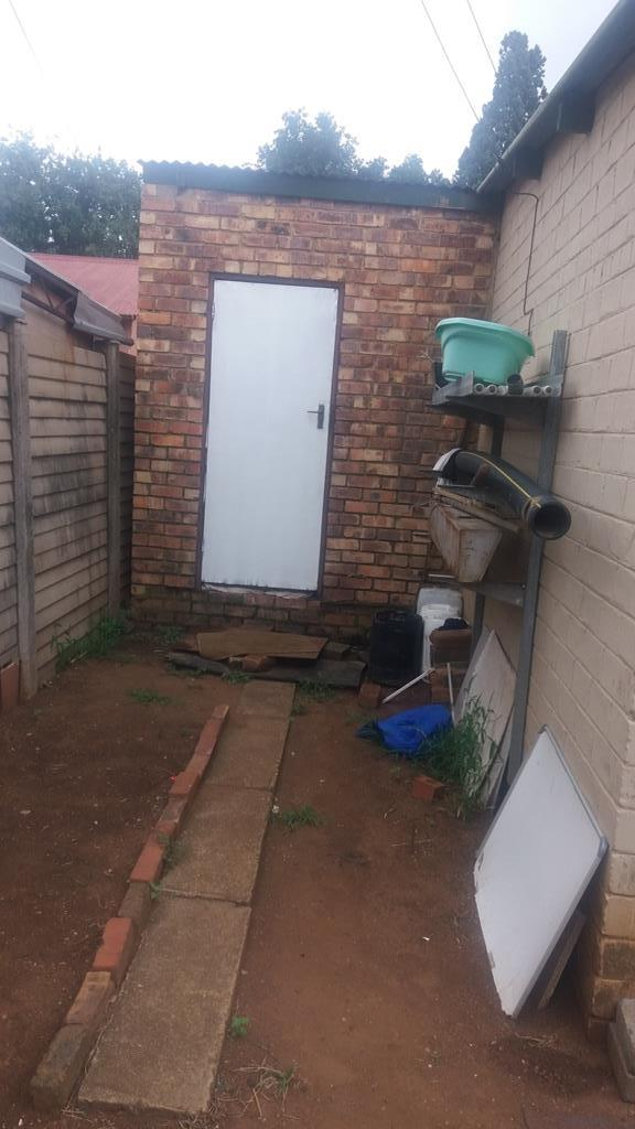 Pretoria West property for sale. Ref No: 13553014. Picture no 28
