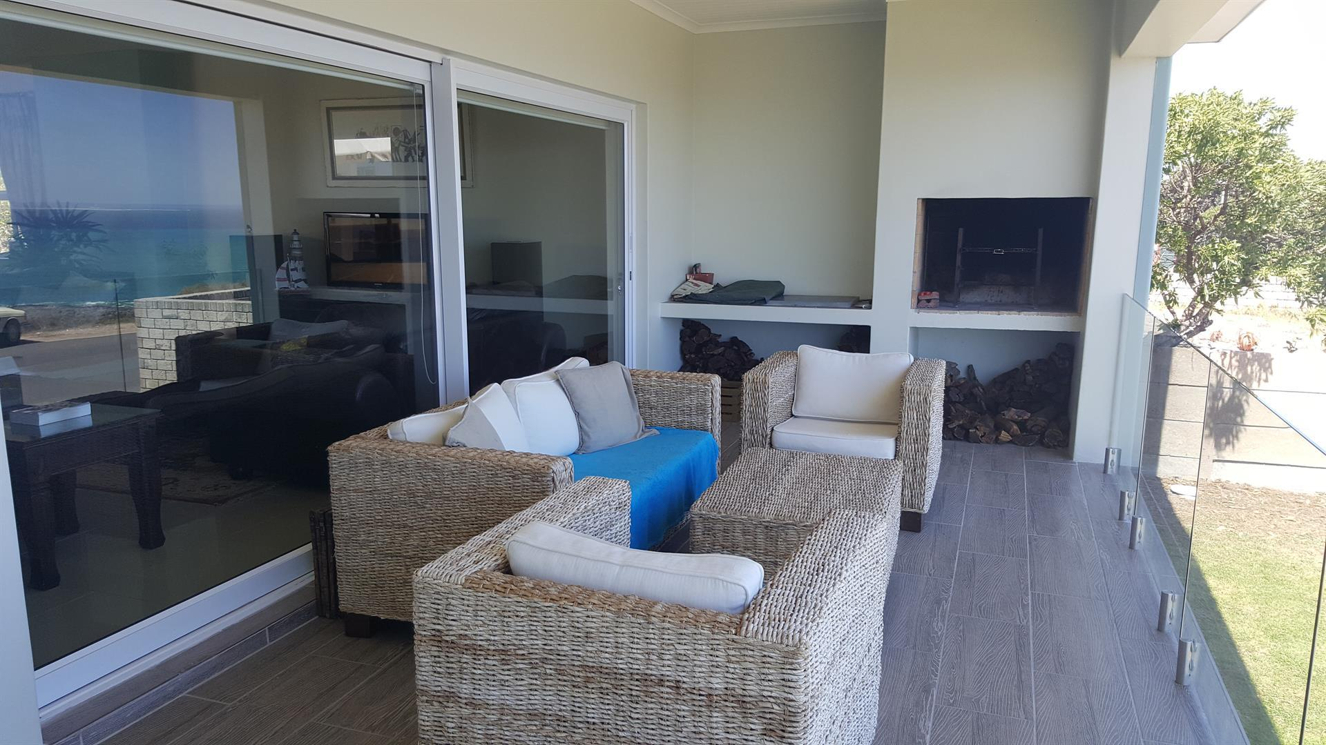 Yzerfontein property for sale. Ref No: 13454156. Picture no 4