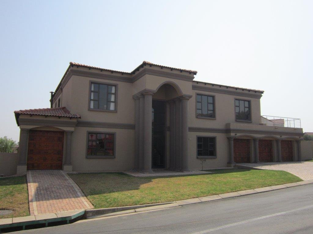 Centurion, Blue Valley Golf Estate Property  | Houses For Sale Blue Valley Golf Estate, Blue Valley Golf Estate, House 4 bedrooms property for sale Price:5,900,000