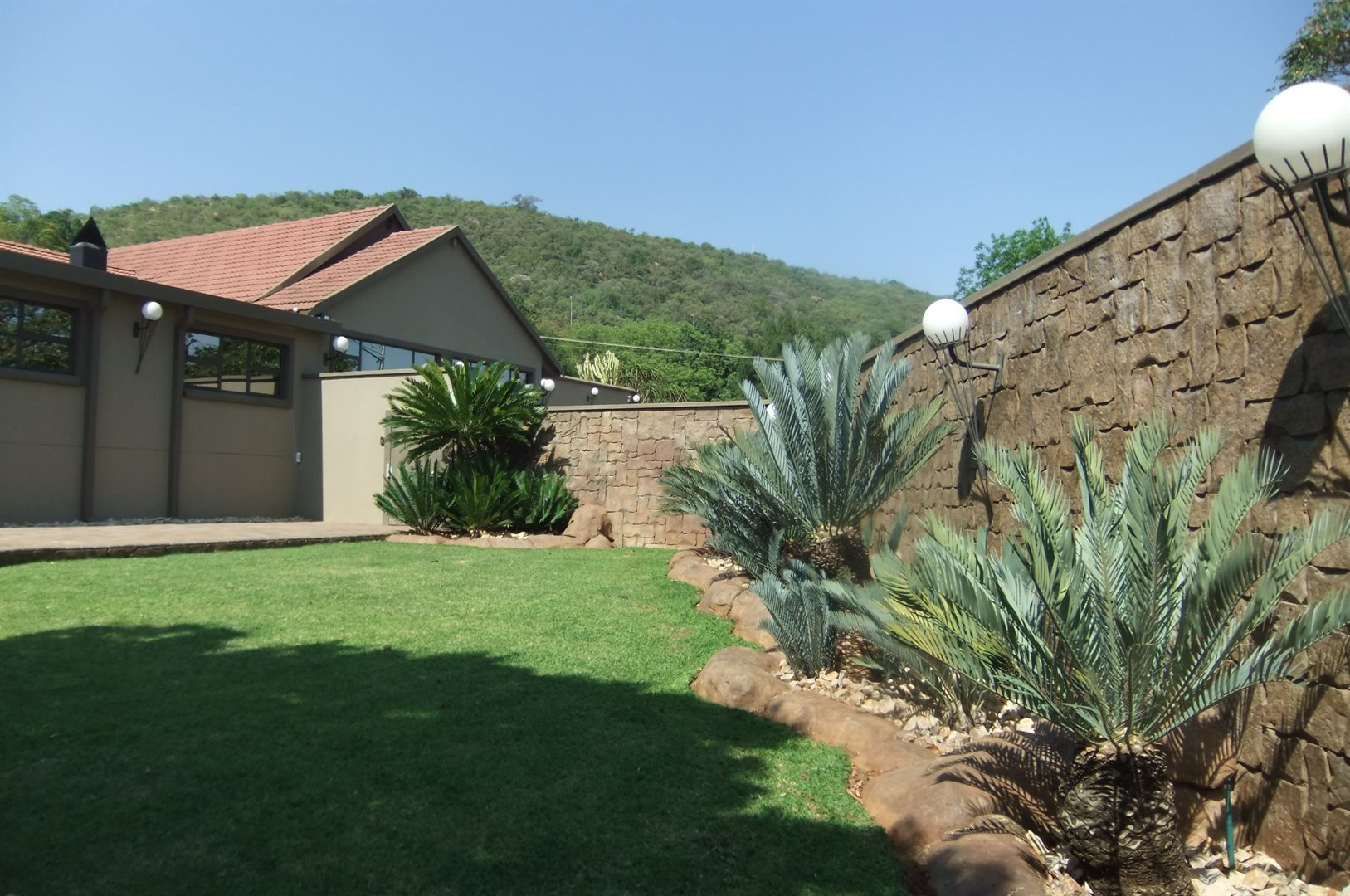 Property and Houses for sale in Wonderboom, House, 4 Bedrooms - ZAR 3,620,000