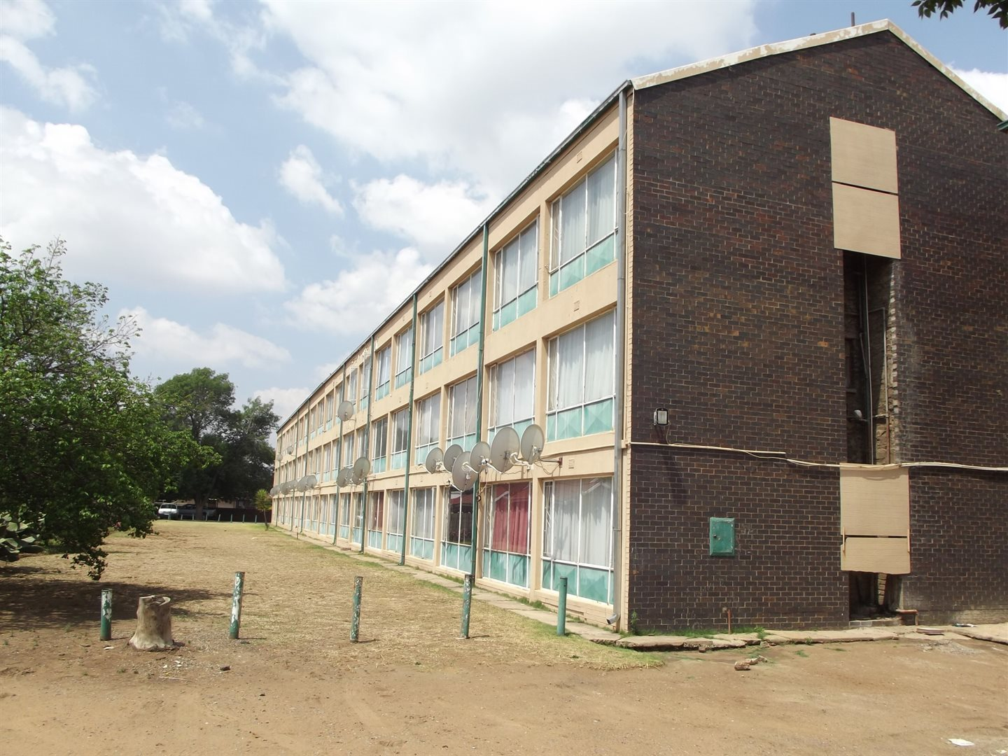 Property and Houses for sale in Gauteng - Page 1631, Apartment, 2 Bedrooms - ZAR 398,000