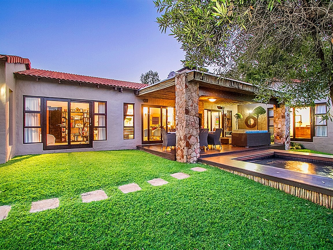 Sandton, Beverley Property  | Houses For Sale Beverley, Beverley, House 4 bedrooms property for sale Price:3,499,000