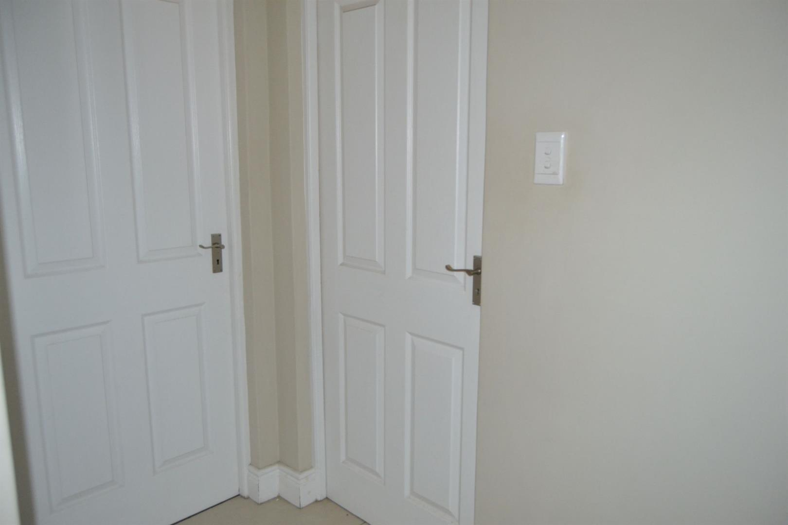 Worcester Central property for sale. Ref No: 13410617. Picture no 8