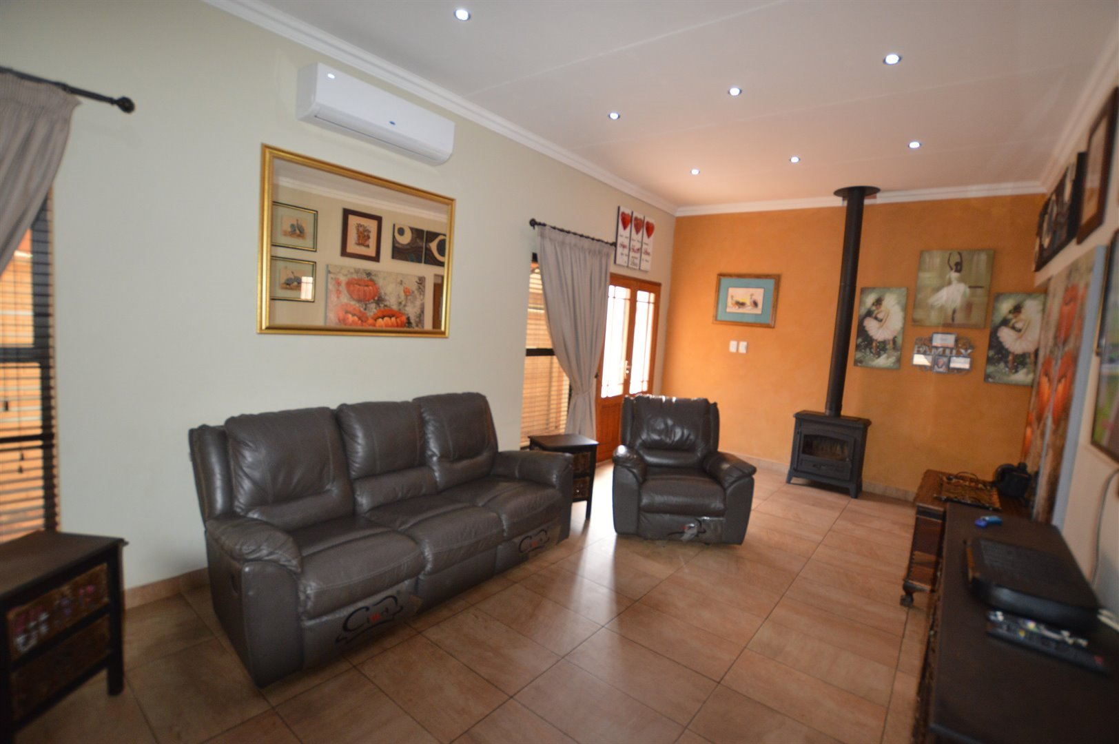 Vaalpark property for sale. Ref No: 13520904. Picture no 2