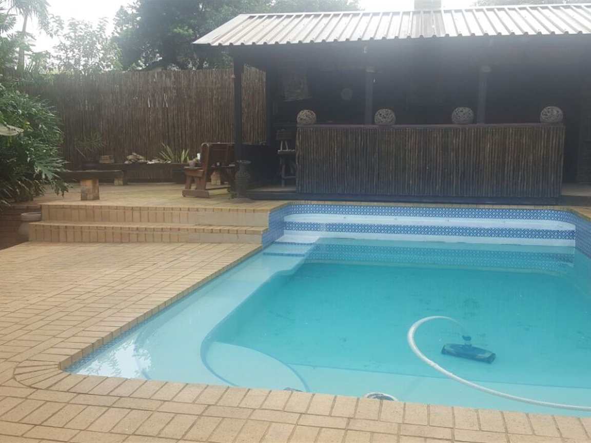 Richards Bay property for sale. Ref No: 13394825. Picture no 18