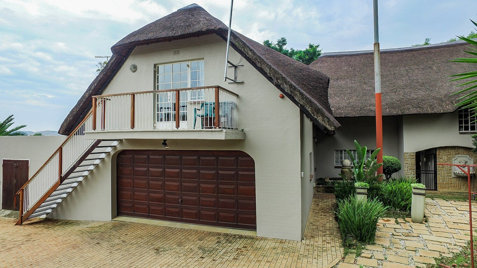 Property for Sale by Amy Pepler, House, 4 Bedrooms - ZAR 4,780,000