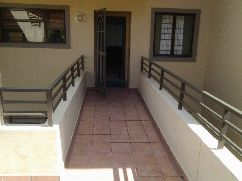 Uvongo property for sale. Ref No: 13396169. Picture no 14