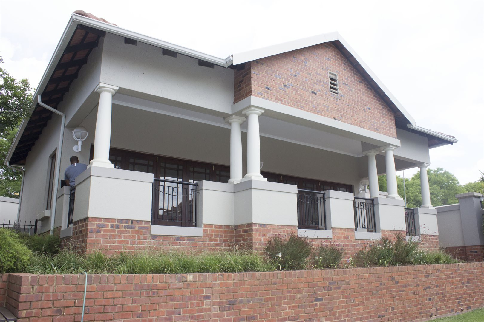 Sandton, Paulshof Property    Houses To Rent Paulshof, Paulshof, Apartment 2 bedrooms property to rent Price:,  8,00*