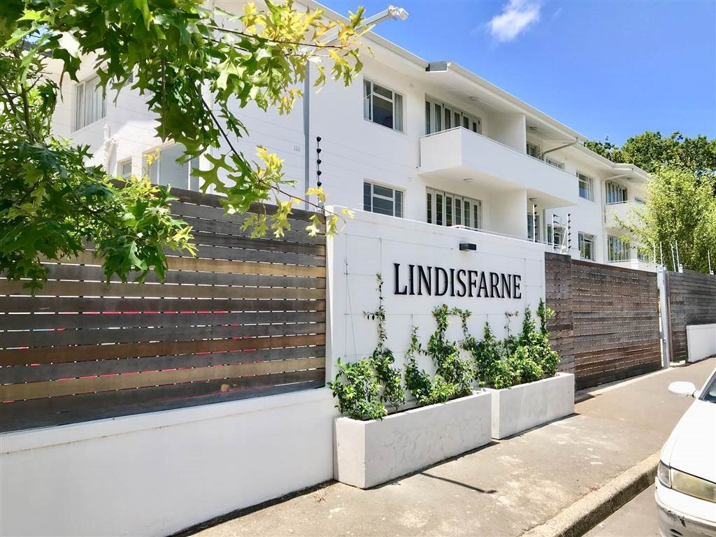 Cape Town, Claremont Upper Property  | Houses To Rent Claremont Upper, Claremont Upper, Apartment 2 bedrooms property to rent Price:, 19,50*