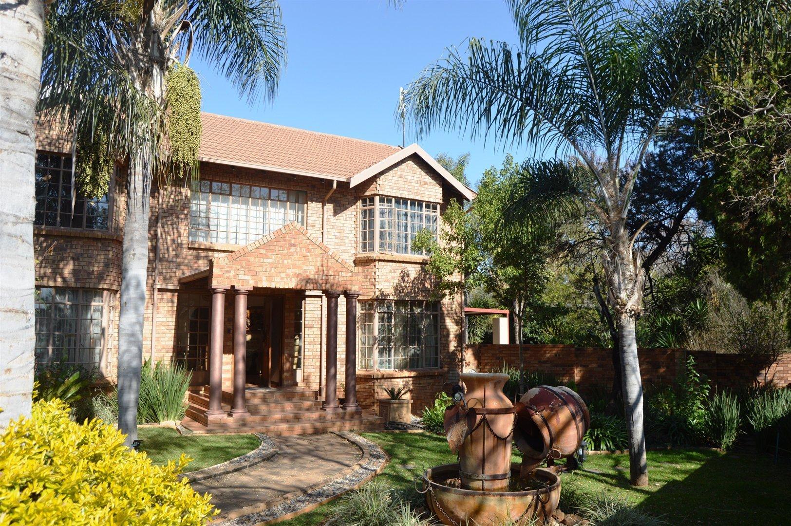 Pretoria, Faerie Glen Property  | Houses For Sale Faerie Glen, Faerie Glen, House 3 bedrooms property for sale Price:2,750,000