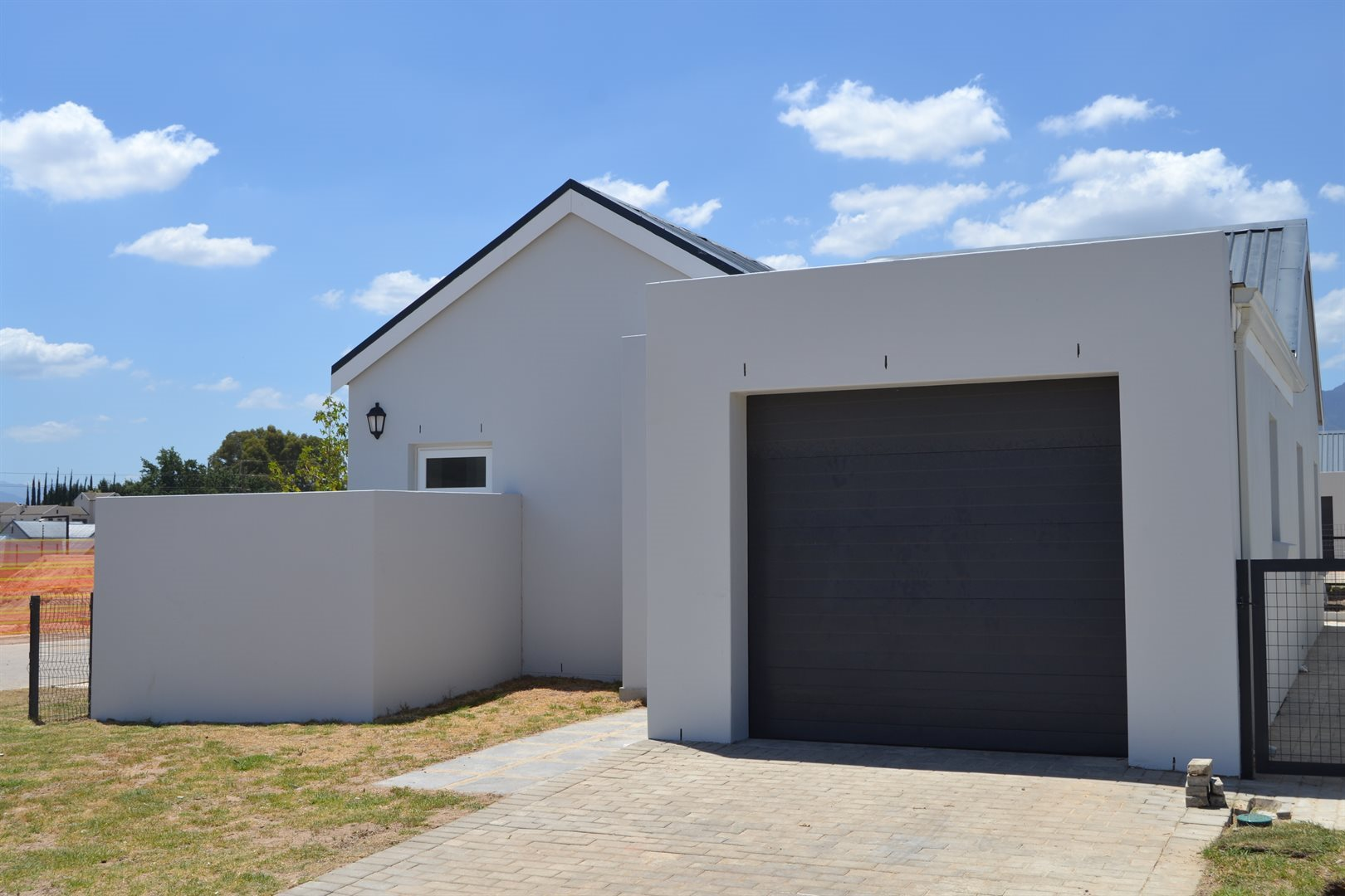 Property and Houses for sale in Paarl South, House, 3 Bedrooms - ZAR 1,599,999