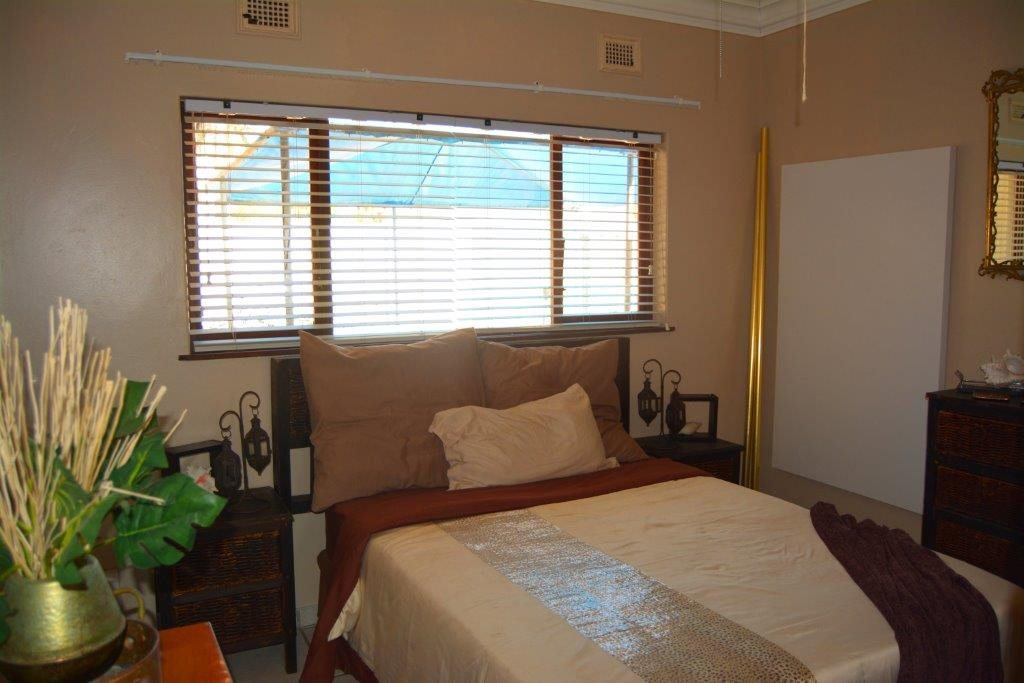 Shelly Beach property for sale. Ref No: 12794927. Picture no 18