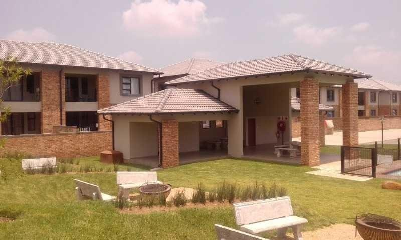 Midrand, Carlswald Property  | Houses For Sale Carlswald, Carlswald, Apartment 2 bedrooms property for sale Price:1,200,000