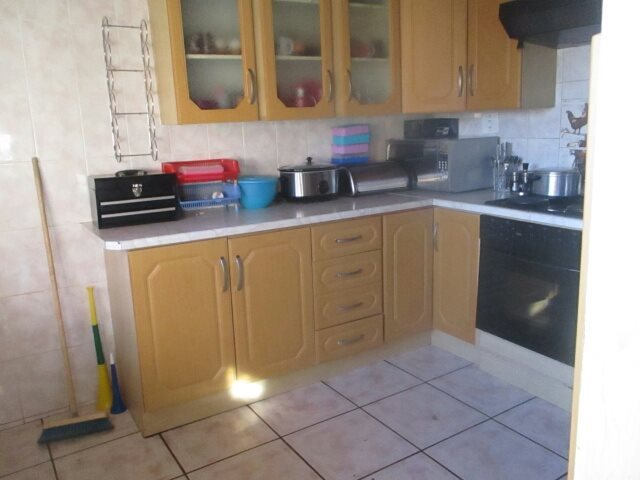 Soshanguve South property for sale. Ref No: 13524645. Picture no 4