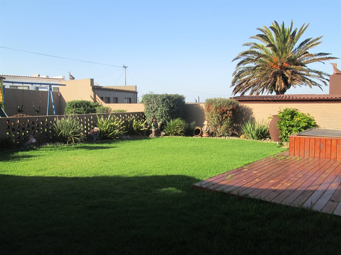 Vredenburg Central property for sale. Ref No: 13424171. Picture no 2