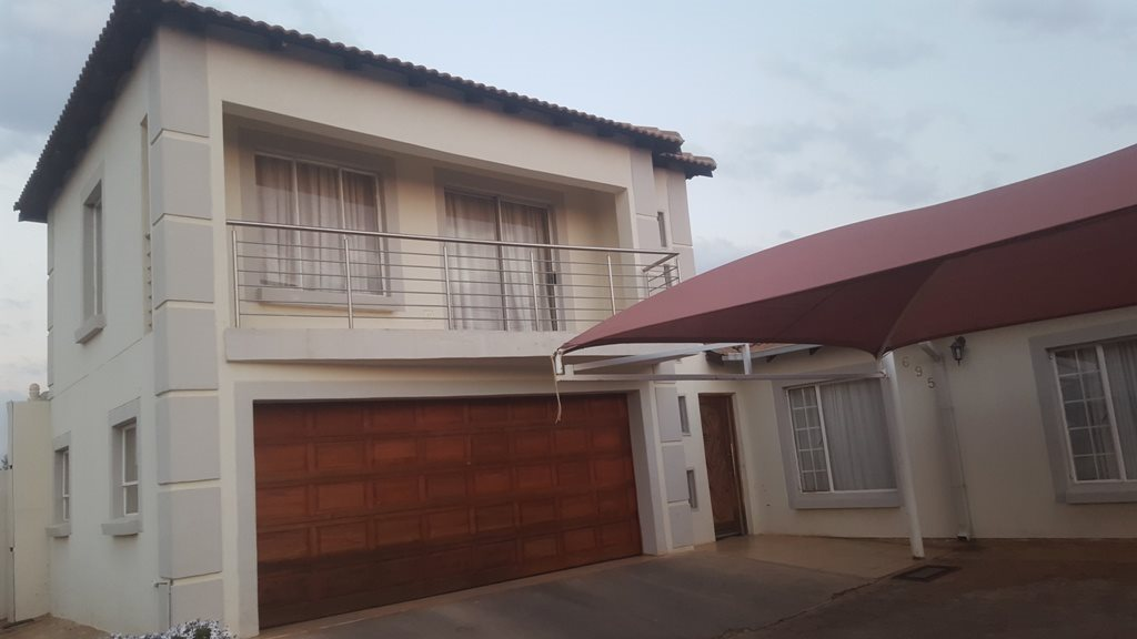 Rosslyn, Rosslyn Property  | Houses For Sale Rosslyn, Rosslyn, House 4 bedrooms property for sale Price:896,000