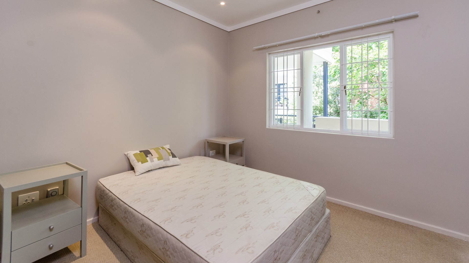 Morningside property for sale. Ref No: 13561793. Picture no 10