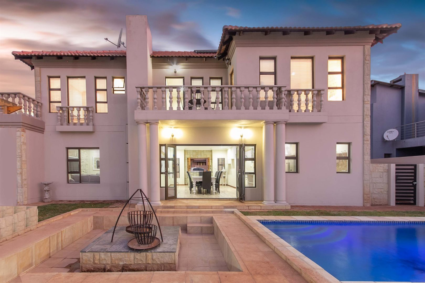 Property and Houses for sale in Raslouw Glen, House, 4 Bedrooms - ZAR 2,995,000