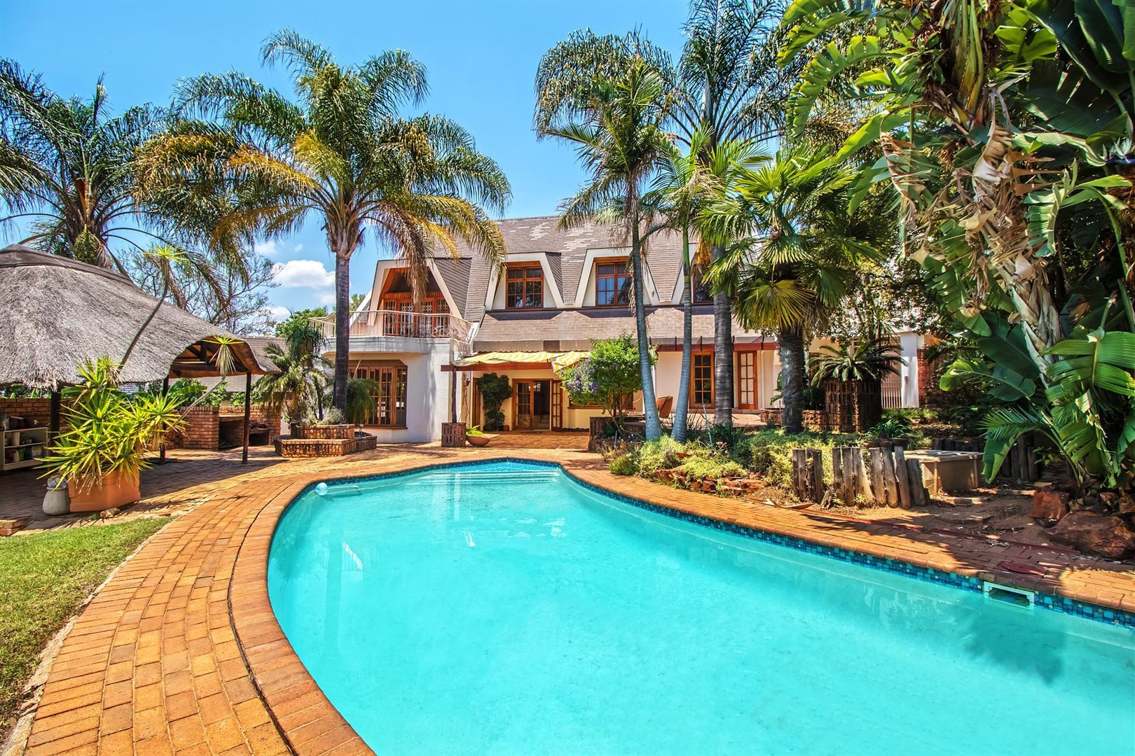Waterkloof Ridge property for sale. Ref No: 13553029. Picture no 25