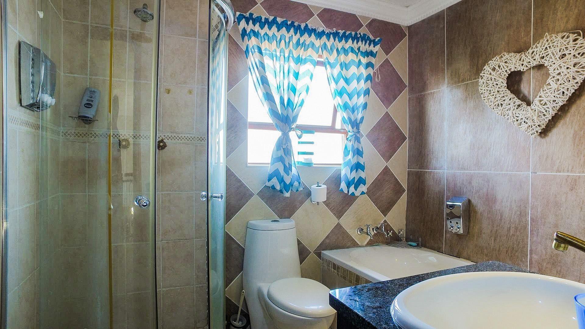 Eldo Lakes Estate property for sale. Ref No: 13574164. Picture no 5