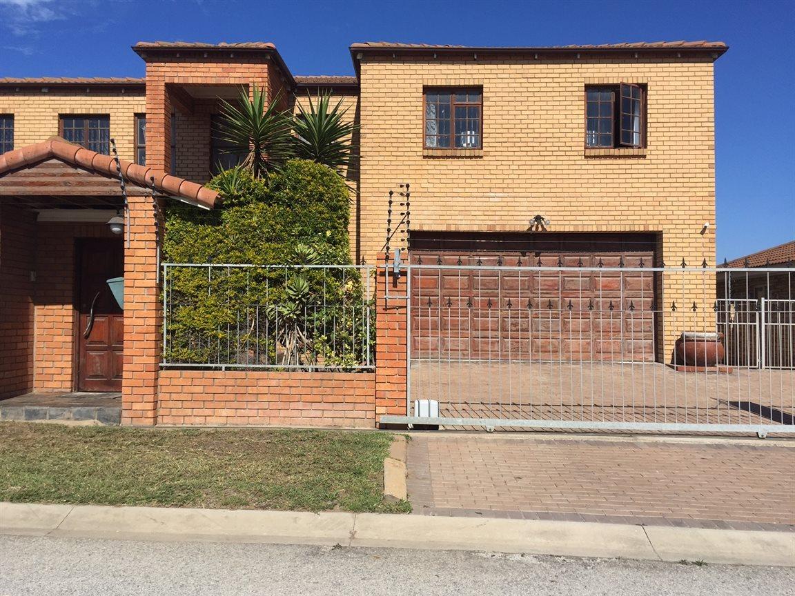 Port Elizabeth, Port Elizabeth Property  | Houses For Sale Port Elizabeth, Port Elizabeth, House 5 bedrooms property for sale Price:2,400,000