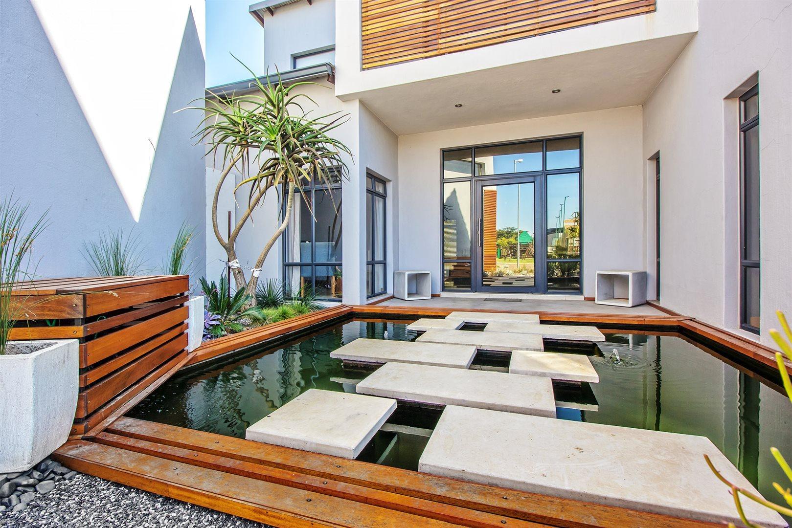Newmark Estate property for sale. Ref No: 13475928. Picture no 2