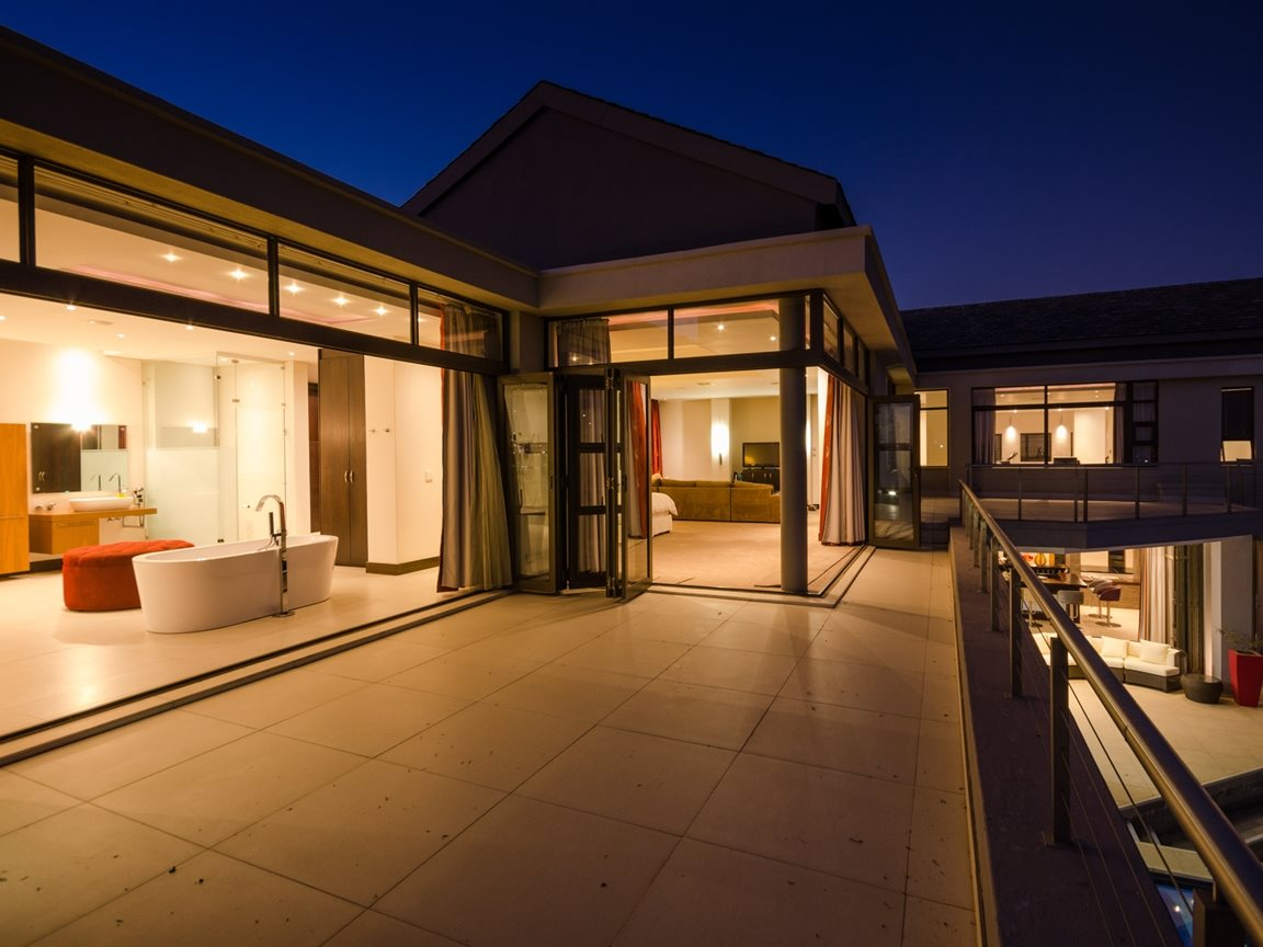 Saddlebrook Estate property for sale. Ref No: 13366494. Picture no 41