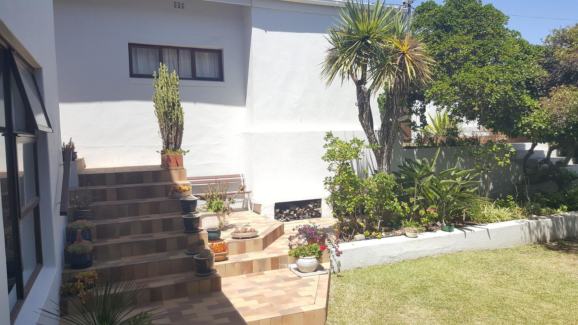 Yzerfontein property for sale. Ref No: 13454155. Picture no 37