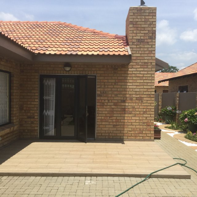 Three Rivers Proper property for sale. Ref No: 13426660. Picture no 8
