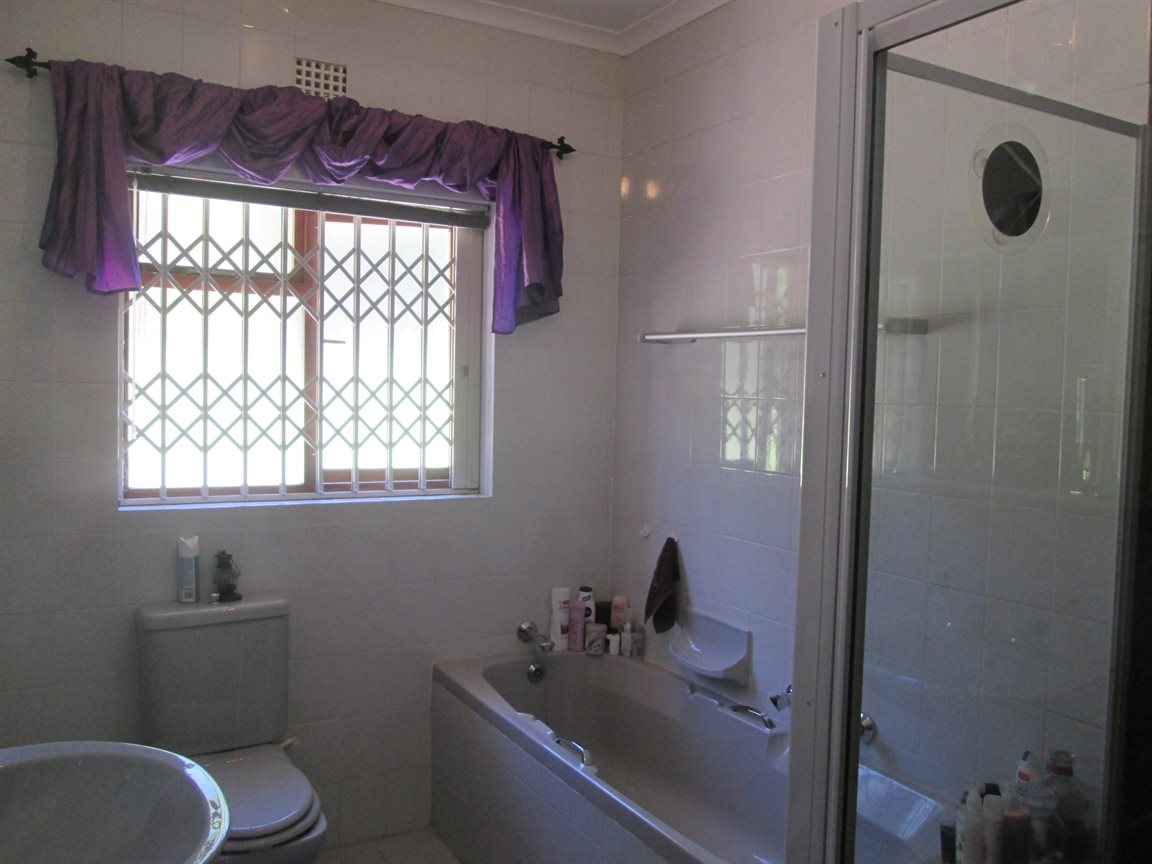 Vredenburg Central property for sale. Ref No: 13295172. Picture no 17