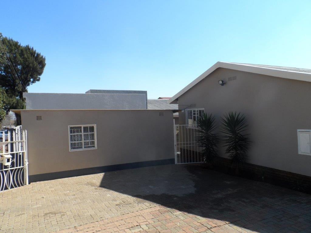 Soweto, Eldorado Park Property  | Houses For Sale Eldorado Park, Eldorado Park, House 3 bedrooms property for sale Price:780,000
