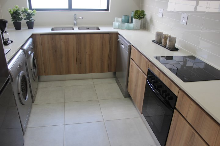 Midrand, Waterfall Property  | Houses To Rent Waterfall, Waterfall, Apartment 3 bedrooms property to rent Price:, 11,00*