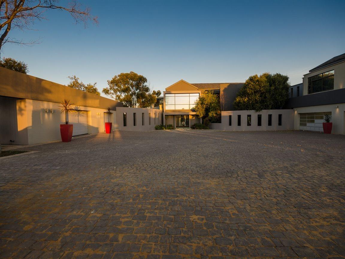 Saddlebrook Estate property for sale. Ref No: 13366494. Picture no 51
