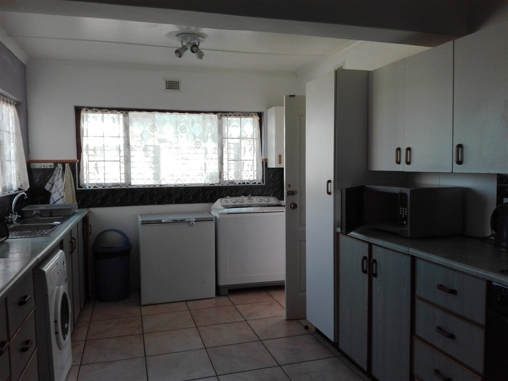 Uvongo property for sale. Ref No: 13360295. Picture no 13